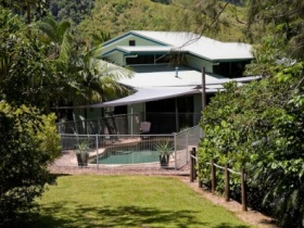 Tranquility on the Daintree - WA Accommodation